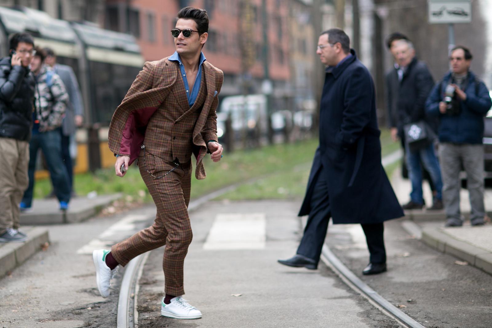 Scarpe Da Matrimonio Uomo Sportive : Moda uomo modi per abbinare le scarpe sportive in