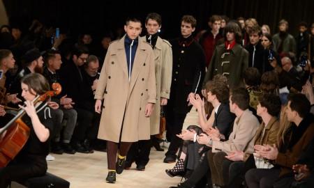 Burberry moda uomo inverno 2016