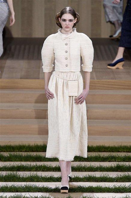 Chanel sfilata alta moda primavera estate 2016 14 moda for Chanel alta moda