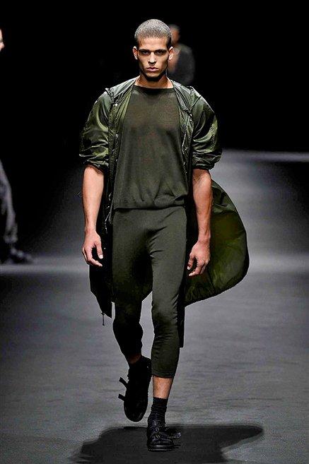 Versace sfilata uomo estate 2017