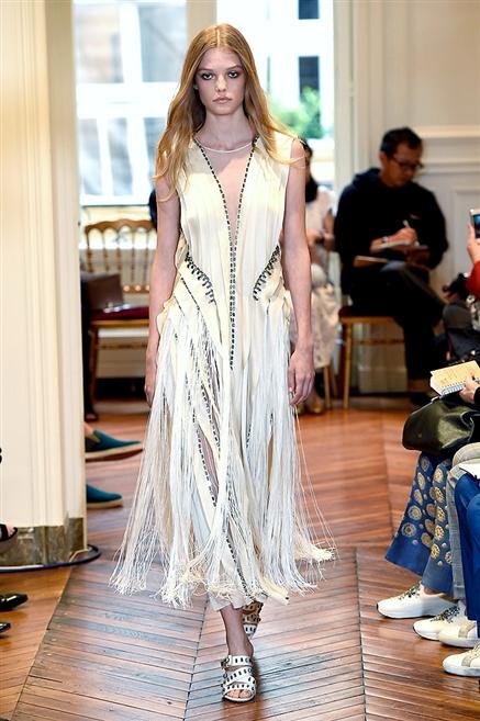 new style c8112 f874d Alberta Ferretti, abiti alta moda inverno 2016-2017. Foto ...