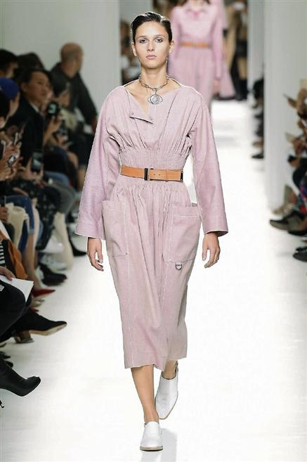 Hermes sfilata Parigi Moda donna primavera estate 2017