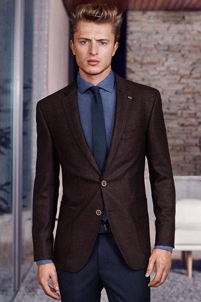 Scarpe Matrimonio Uomo Milano : Pantaloni blu giacca marrone uomo moda donna