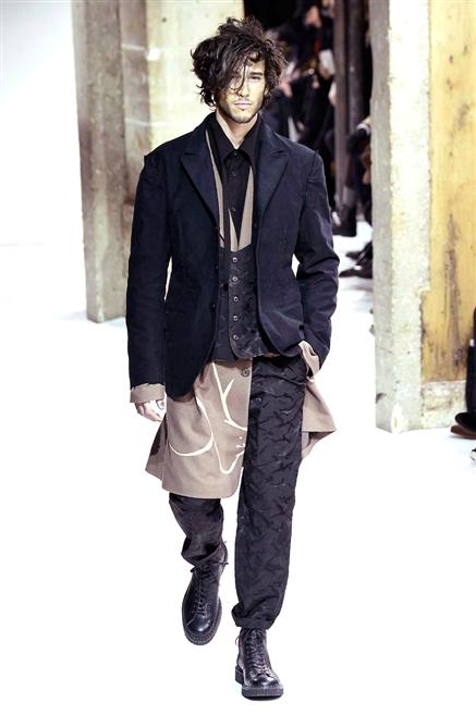Yohji Yamamoto uomo sfilata autunno inverno 2017-2018