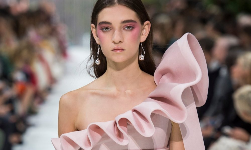 Valentino donna primavera estate 2018-sfilata collezione